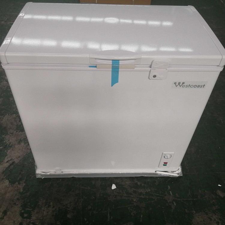 Wholesale-Top-Open-7Cuft-Deep-Chest-Freezer-with-Lock-and-Light-LBCF198