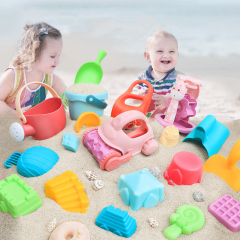 Custom baby playing in water bath for baby toys child bath scoop toy