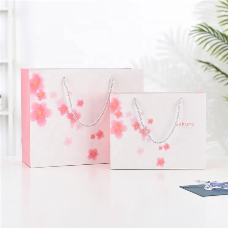 Custom paper lining shopping paper bag gift