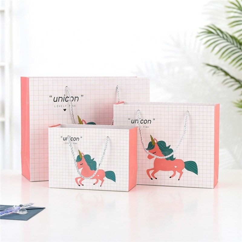Custom paper shopping craft wholesale paper gift bag