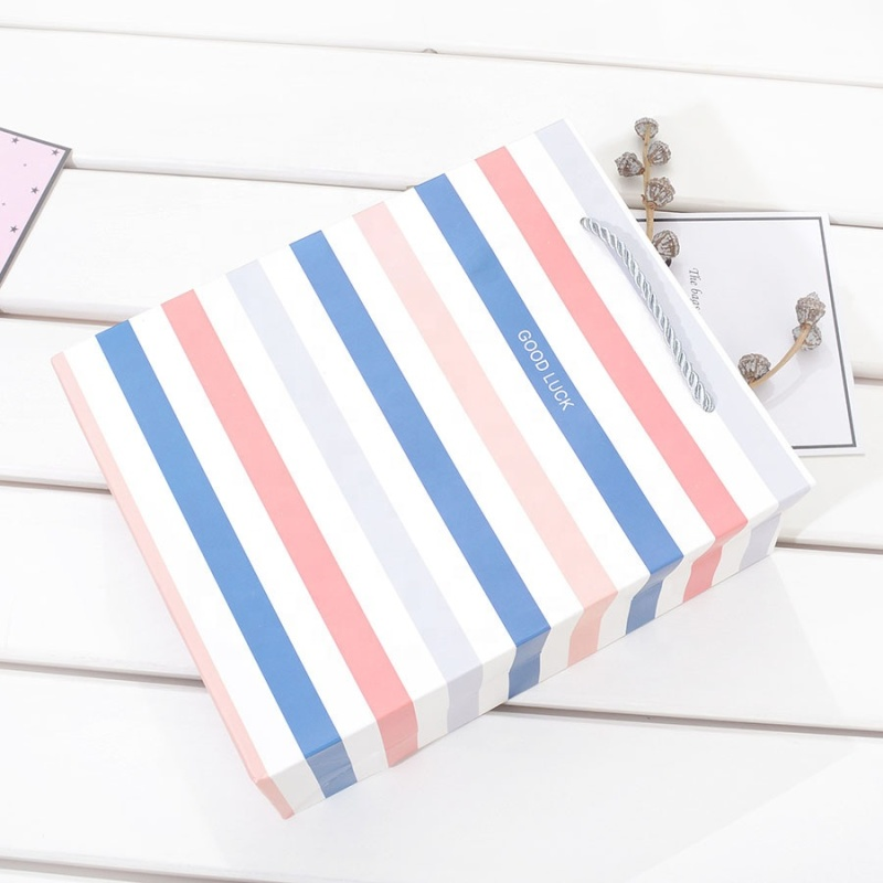 Customized paper lining shopping gift bag tissue paper