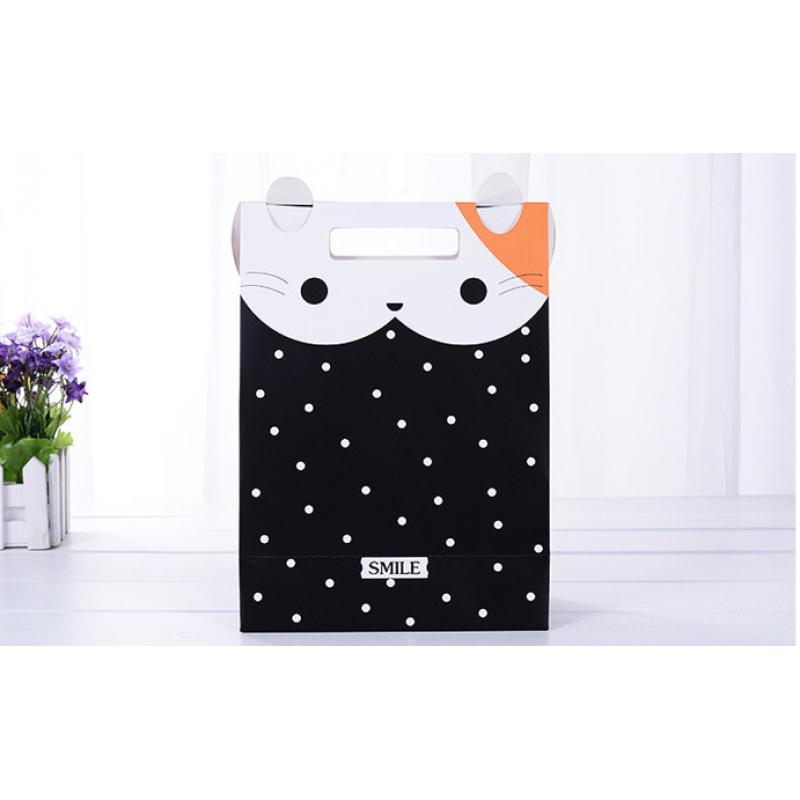 Food grade lining shopping paper gift bag custom logo