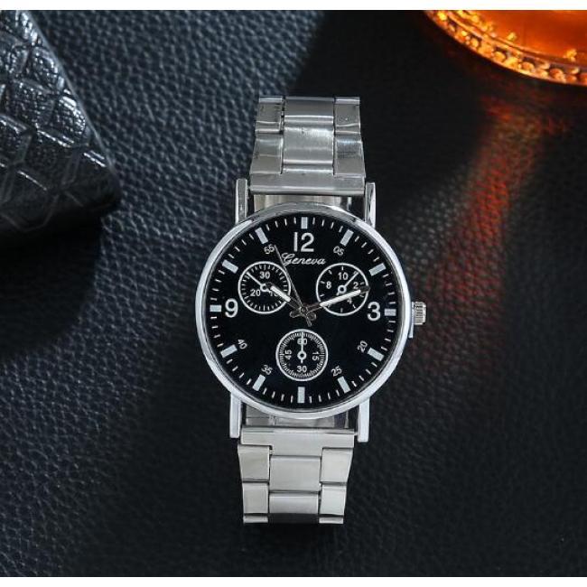 Men's casual Blu-ray watch three-eye steel belt watch men's gift watch
