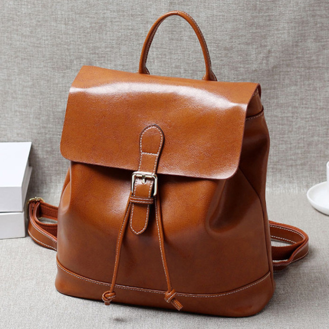 2020 new women's bag retro oil wax cowhide backpack women's leather travel schoolbag factory direct sales