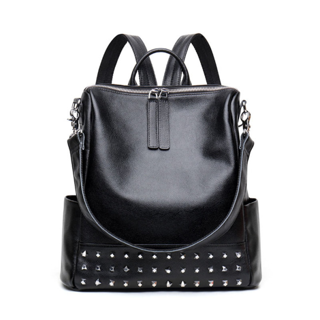 Korean fashion 2019 new leather women's bag personalized rivet cowhide Bag Fashion versatile backpack bag for women