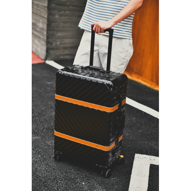 Belt type aluminum frame trolley case universal wheel PC travel case 20 board chassis 24 / 26 / 29 802
