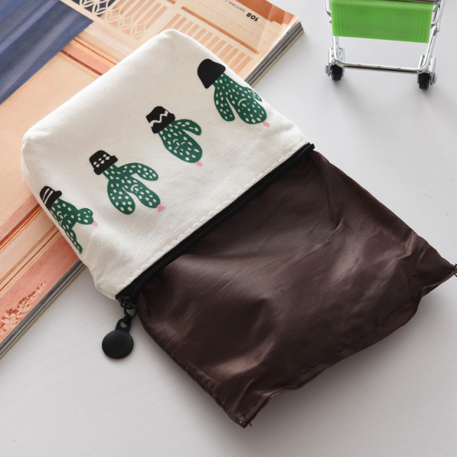 Factory direct sales Canvas triangle cactus pocket change small fresh canvas pocket key bag wholesale customization