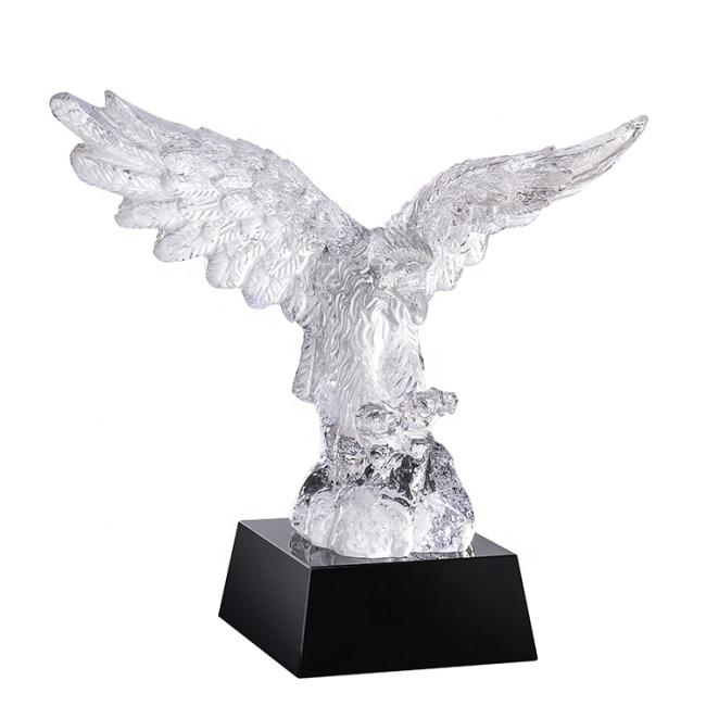 Home Desktop Decor 3D Models Animal Flying Crystal Eagle Sculpture For Souvenir Gift