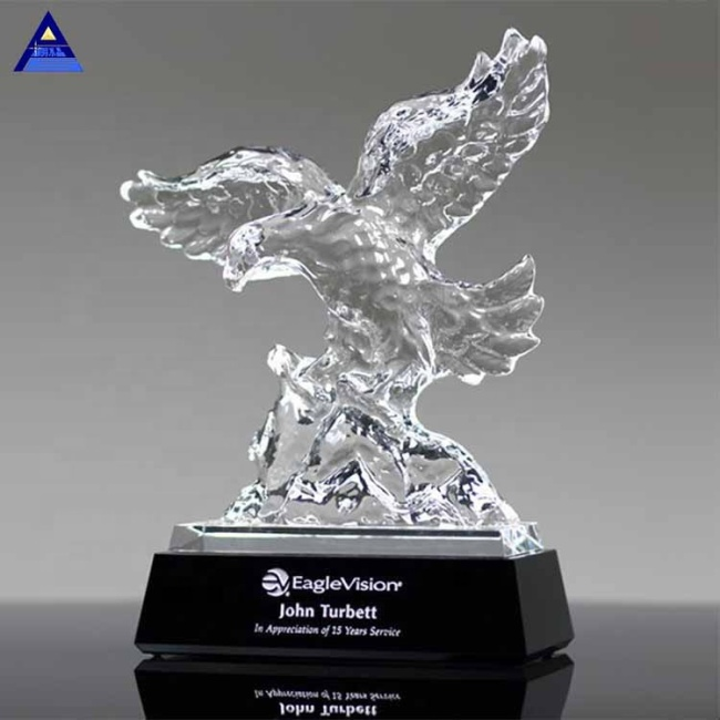 2019 New Design Ascendancy Crystal Eagle Award Trophy With Printing