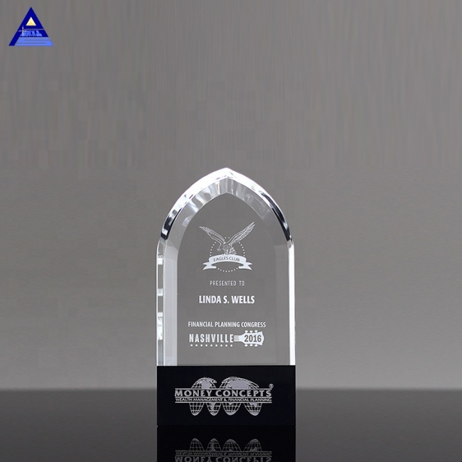 Clear Crystal Gifts Diamond Cutting Wholesale Paperweights With Customized Logo Engraving