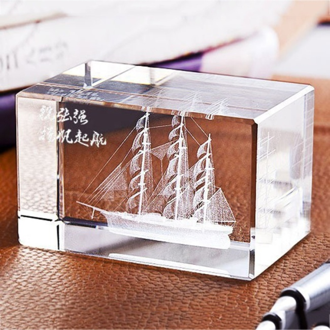 New hot friend birthday souvenir gifts crystal ship boat