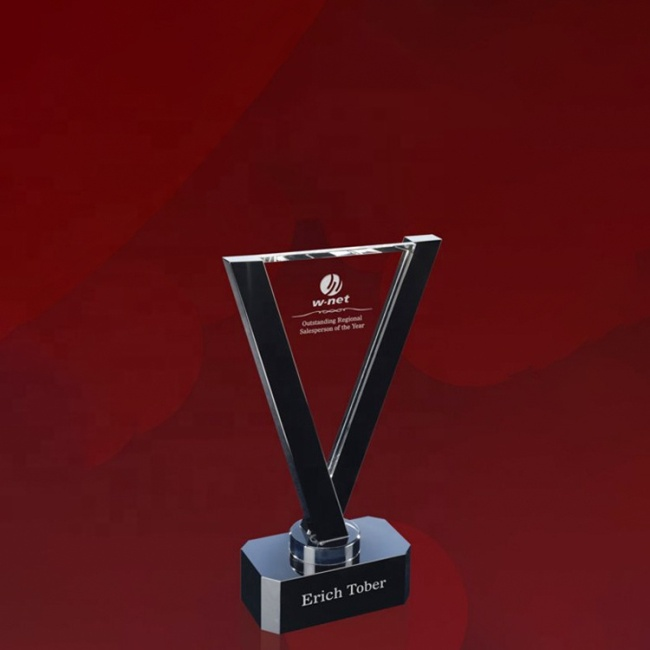 Crystal Awards With Blue Crystal Trophy For Engraving Available Personalized Crystal Plaques And Awards Trophy For Gift