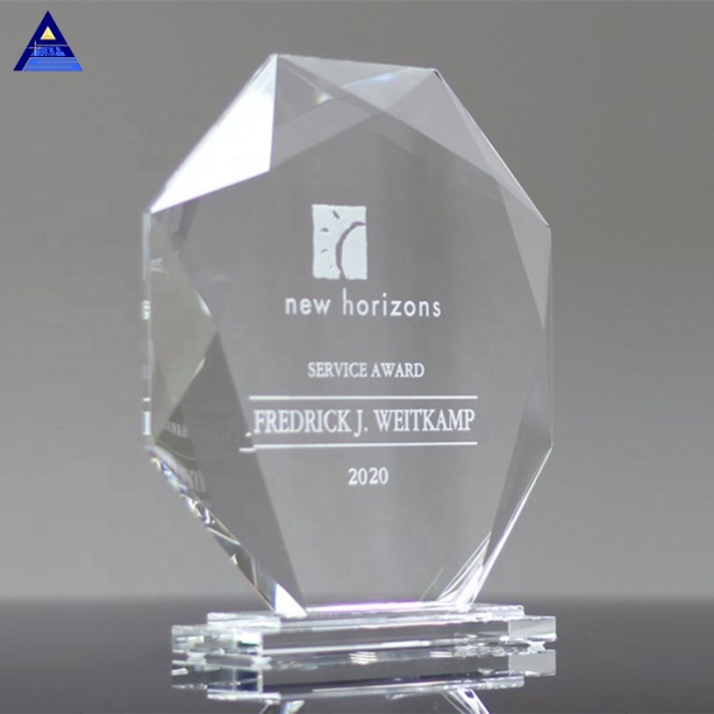 Cheap Wholesale Transparent Blank Jade Glass Octagon Crystal Trophy Awards For Company