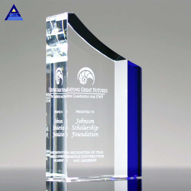 Pujiang Cheap Custom Clear And Blue Engraving Crystal Trophies And Awards