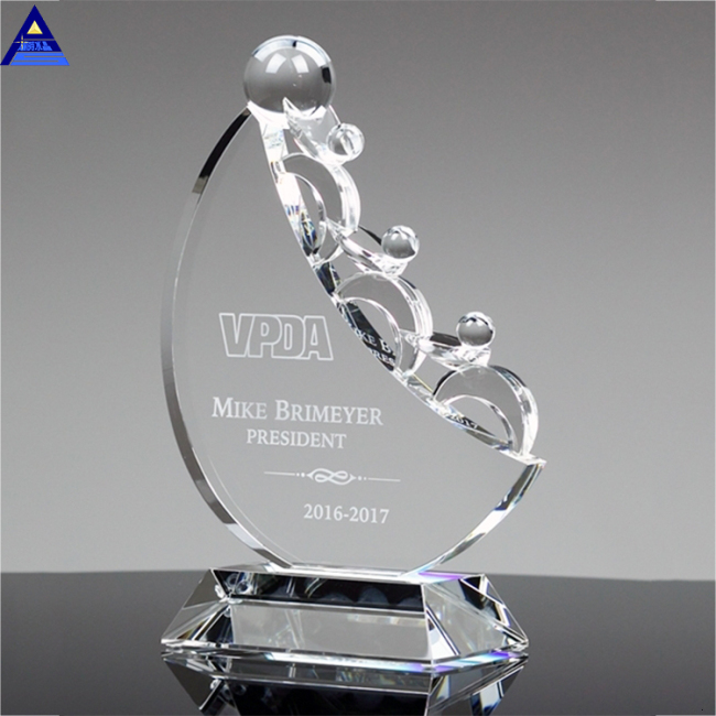 China Custom High Quality New Creative Design Crystal Trophy Award