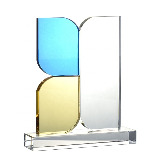 New Design Custom Engraved Leaf Shaped Colored Crystal Plaque Trophy Award With Cube Clear Base