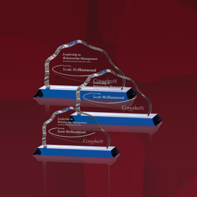 China Wholesale High Quality Engraved Crystal Glass Mountain Award For Birthday Gifts