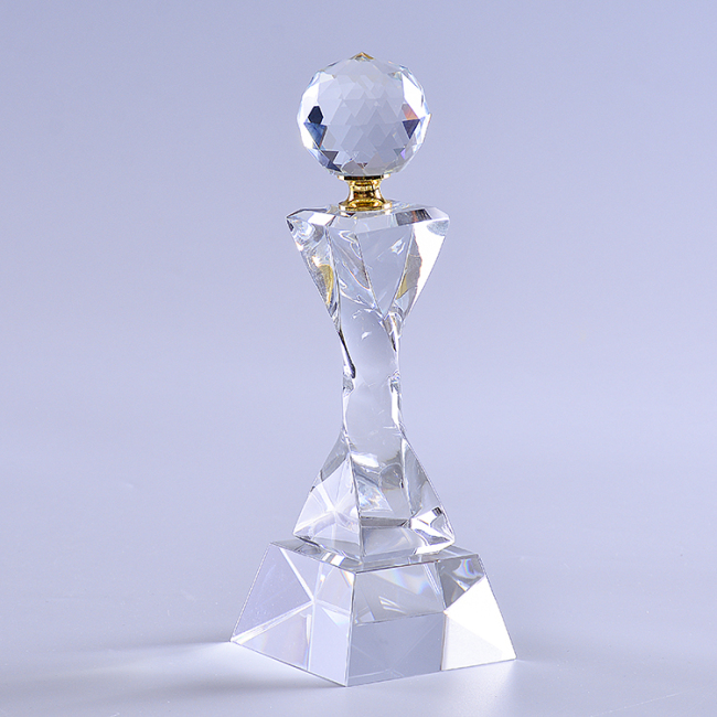 2020 New 3D Lasered Crystal Trophy With Glass Globe For Business Souvenir Awards