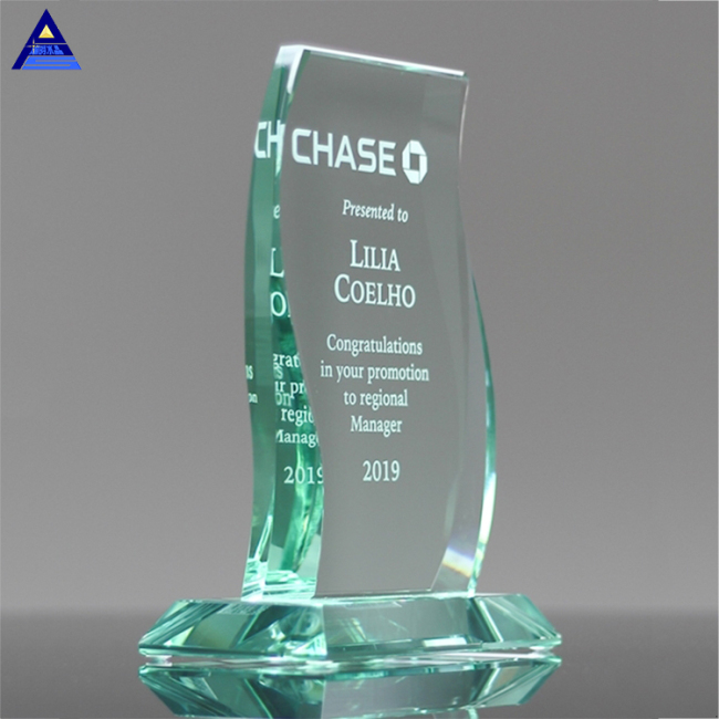 2019 Hot Selling  New Design Aspire Jade Glass Awards For Business Gift
